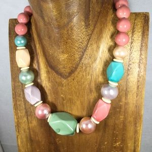 Jewelry - Pastel vintage 1990s large bead geometric necklace